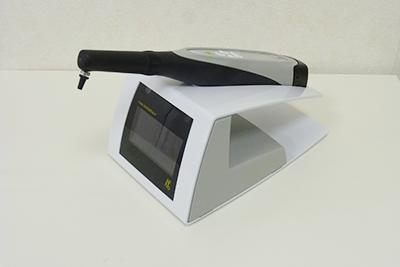 目視だけでなく、機械を使って正確な診断を行う